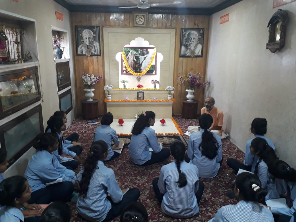 SPRITUAL GUIDANCE FROM DR. ARVIND MAHESHWARI IN PONDICHERRY